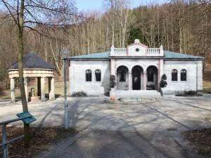 Montage Quellenplatz